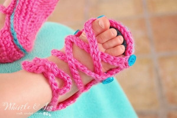 Free Crochet Pattern - Baby Button Gladiator Sandals - Make these adorable, soft gladiator sandals for your baby!
