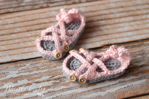 baby gladiator sandals crochet free pattern summertime gift ideas