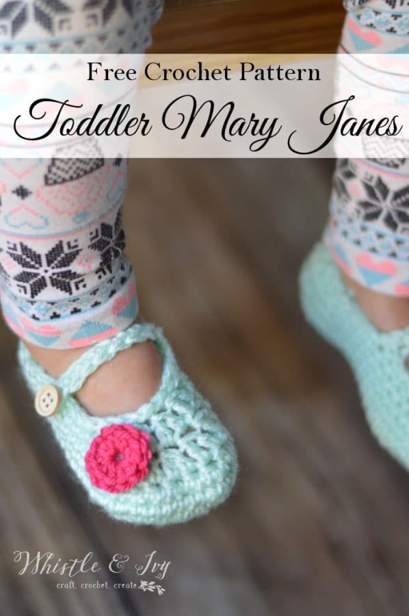 Free Crochet Pattern - Toddler Little Dot Mary Janes Slippers. Beautiful slipper pattern for your toddler girl. {Pattern by Whistle and Ivy}