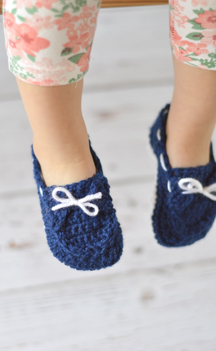 0012f68af95c5 Toddler Boat Slippers Crochet Pattern - Whistle and Ivy