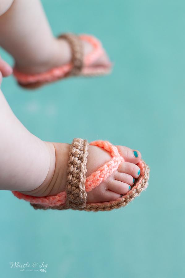 cute crochet baby flip-flops sandals for baby free crochet pattern