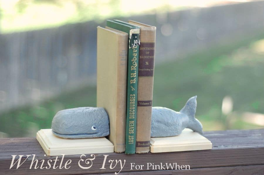 whalebookends2WM2