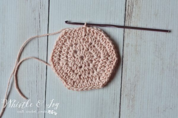 Free Crochet Pattern - Make this simple solid hexagon, perfect for all your hexagon projects!