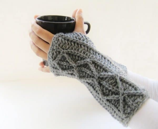 16 Pretty Crochet Arm Warmers and Fingerless Gloves - Whistle and Ivy