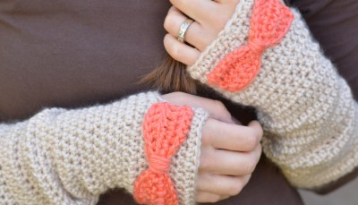 Dainty Bow Crochet Arm Warmers