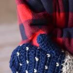 Snowfall Crochet Mittens