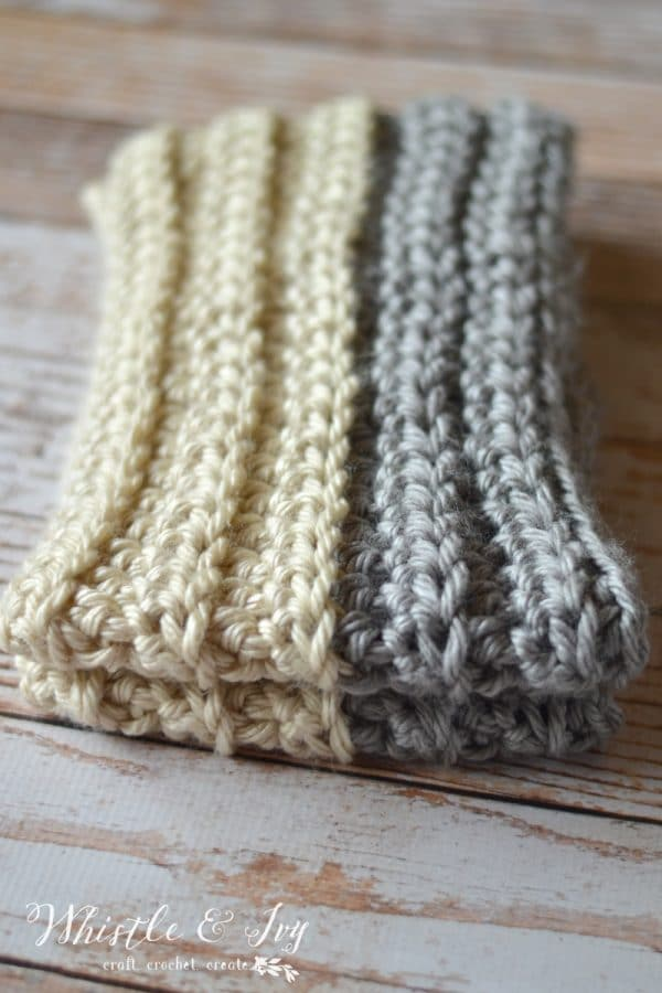 Chunky Ribbed Infinity Scarf - Perfect chilly weather scarf. The chunky yarn makes this a very quick project!