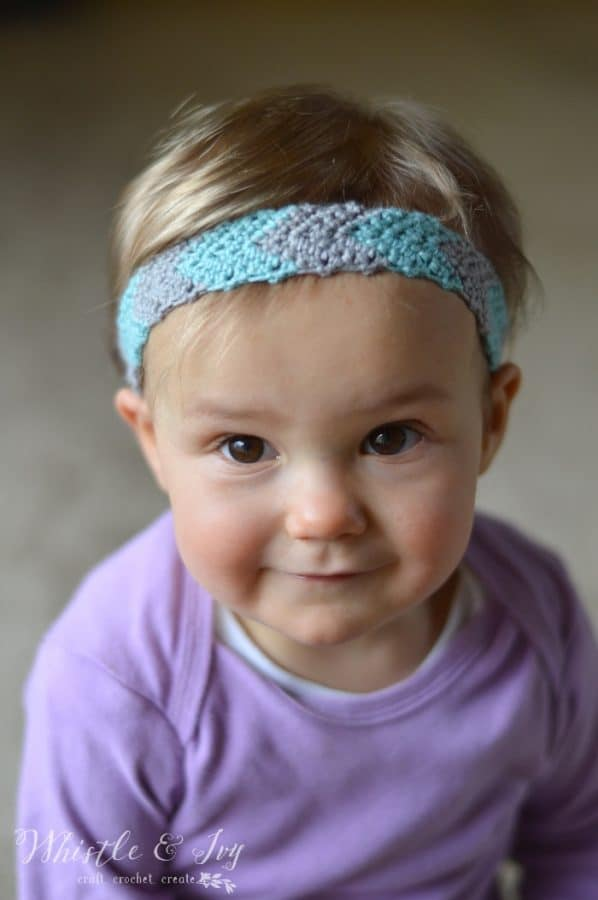 Free Crochet Pattern - Simple Chevron Headband | Crochet this adorable headband. Includes instructions for women and toddler sizes.