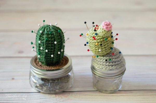 crochet cactus pincushion free crochet pattern