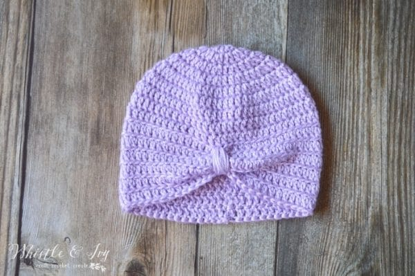 Crochet Turban Chemo Cap - Crochet this pretty and comfortable turban chemo cap with this crochet pattern. Works up quickly and easily.