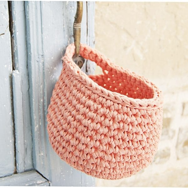 Free Crochet Flower Basket Pattern : Free crochet decor patterns whistle and ivy