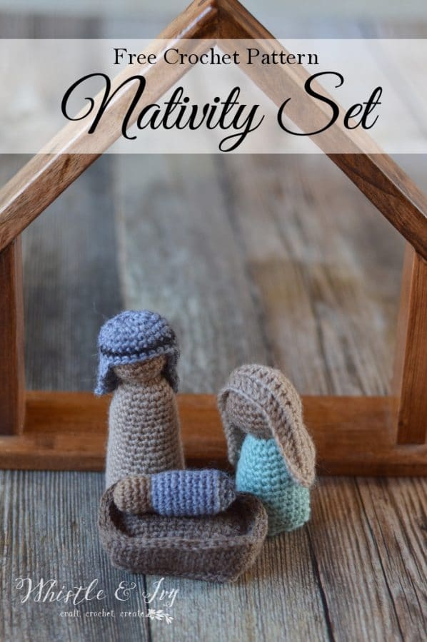 FREE Crochet Along: Nativity Set | Day 3 of the CAL, make the third addition to the set, this crochet manger.