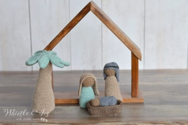 Free Amigurumi Nativity Pattern : Crochet nativity mini cal whistle and ivy