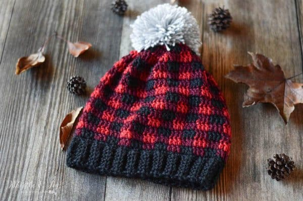 crochet red buffalo plaid hat for women with pom-pom