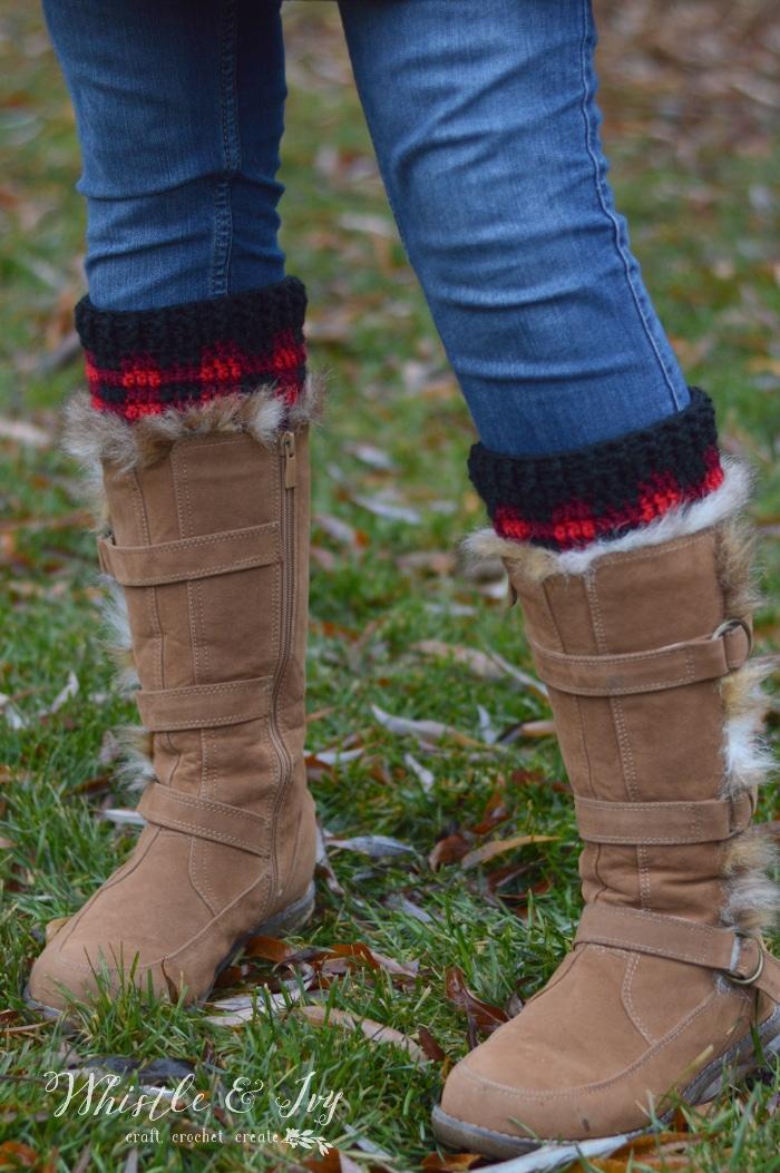 Crochet Plaid Boot Cuffs - Free Crochet Pattern