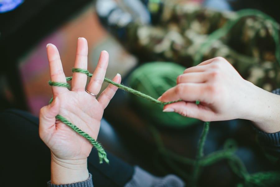 Finger Knitting Tutorial : Finger knitting tutorial whistle and ivy
