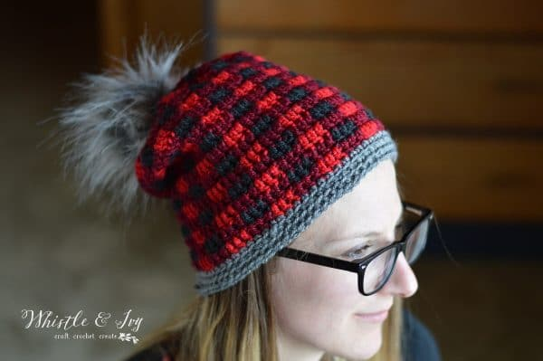 FREE Crochet Pattern: Top Down Crochet Plaid Hat | Make this pretty and trendy buffalo plaid hat in the round! Video help included.