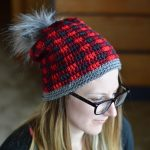 Women's Top Down Crochet Plaid Hat
