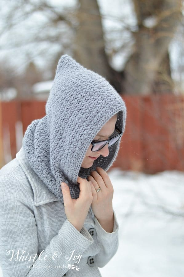 FREE Crochet Pattern - Women's Crochet Hooded Cowl | Stay cozy with this cute hooded cowl, made with the elegant grit stitch and snuggly ribbing.