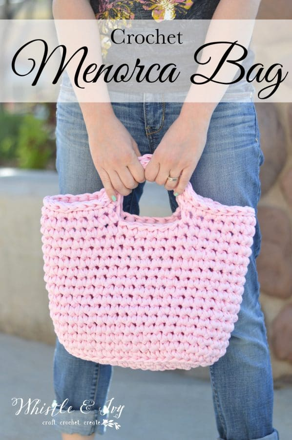 Menorca Bag and Giveaway! I love this stretchy Fabric Yarn, it is perfect for this simple chunky bag. The We are Knitters Kit includes everything you need.