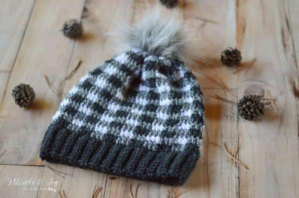 crochet black and white buffalo plaid hat for women