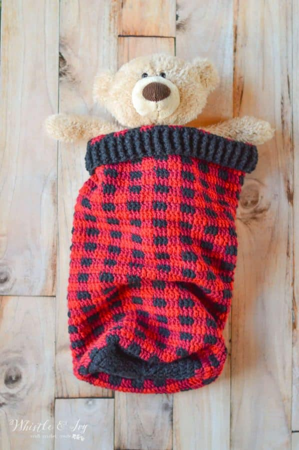 crochet buffalo plaid cocoon blanket for baby crochet pattern