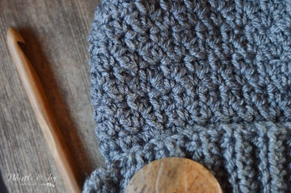 close up of the crochet grit stitch