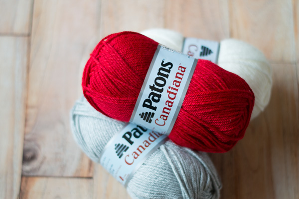 red white and gray yarn