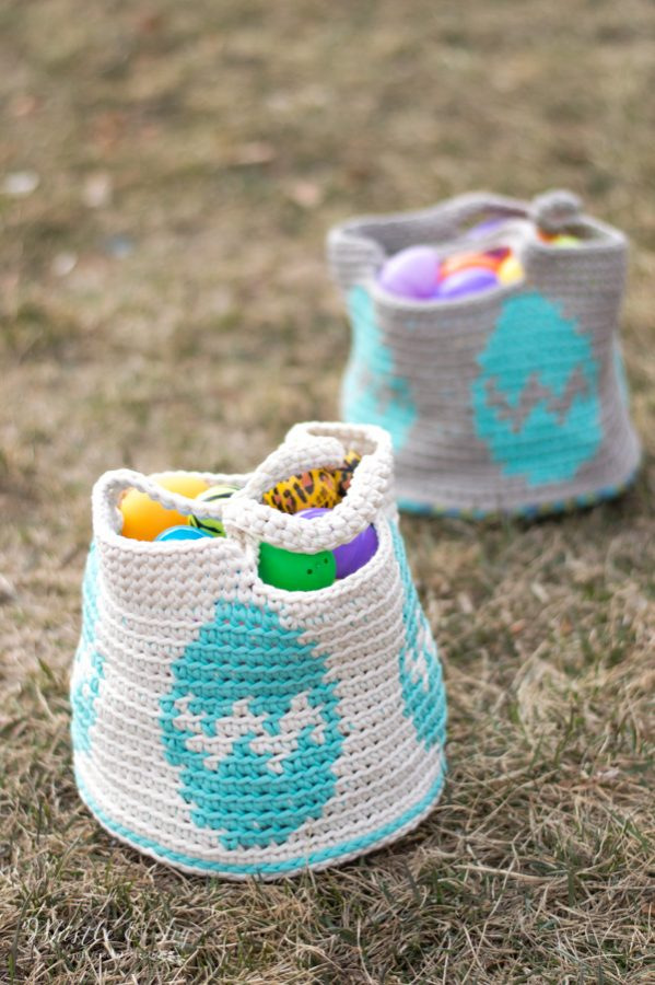 crochet baskets with an egg graphic