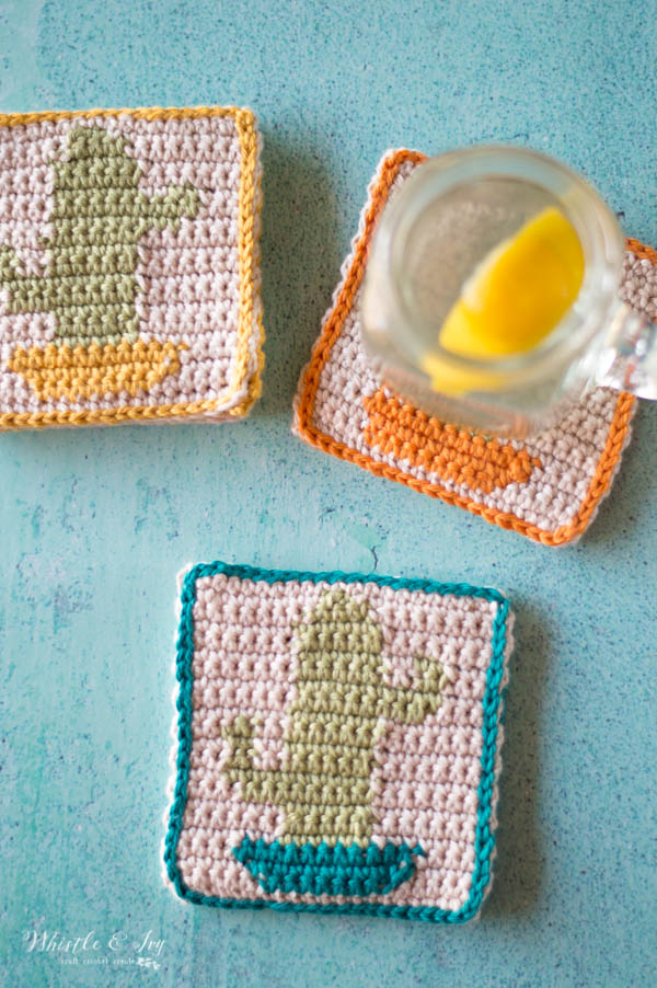 crochet cactus coasters with lemon drink