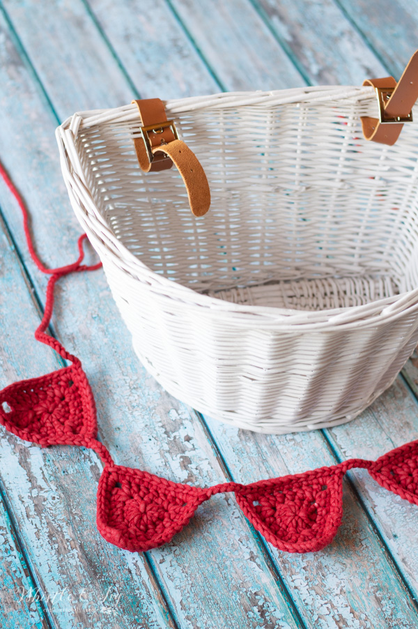 crochet bunting for bicycle made with outdoor yarn