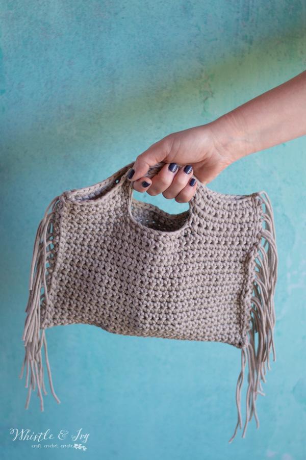 free crochet pattern crochet fringe clutch