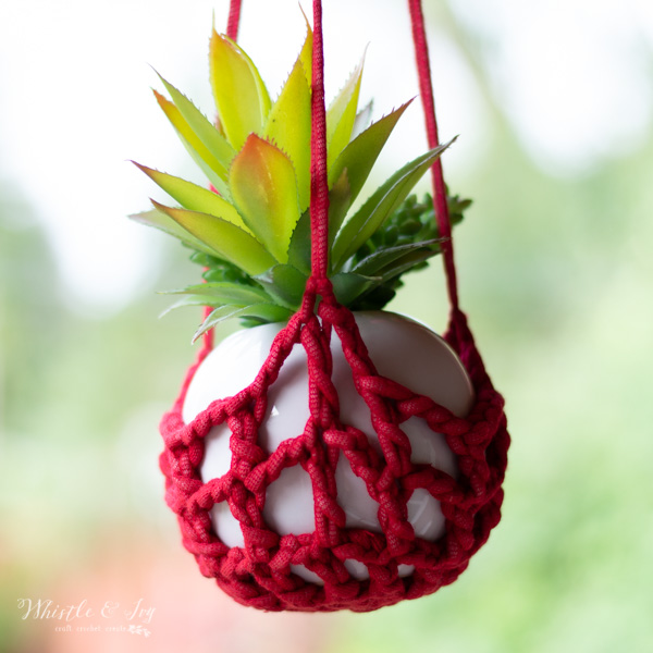 free crochet pattern for crochet plant hanger for small planter