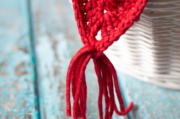 how to make a tassel on bunting