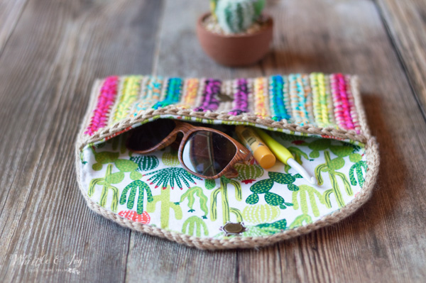 free crochet pattern colorful clutch