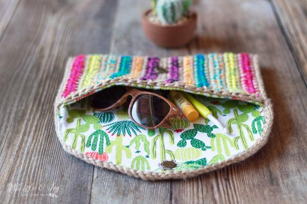 free crochet pattern colorful clutch