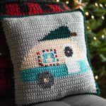 Christmas Crochet Camper Pillow – Free Crochet Pattern