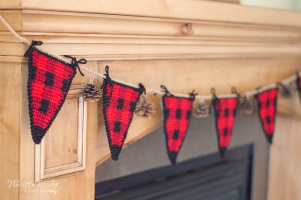 holiday plaid garland bunting free crochet pattern