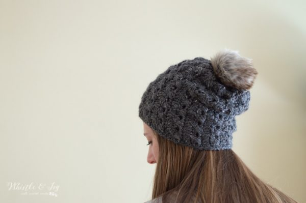 crochet cable slouchy hat free crochet pattern with fur pom-pom