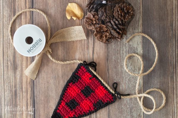 crochet plaid bunting free crochet pattern