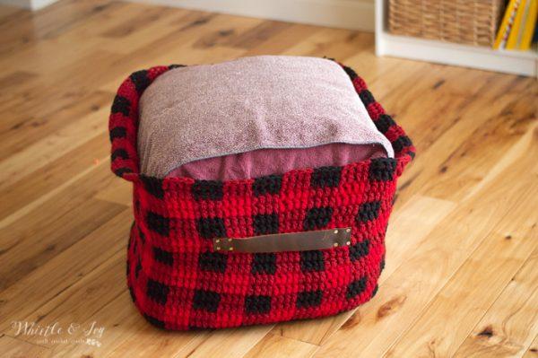 genius stuffing for crochet floor pouf