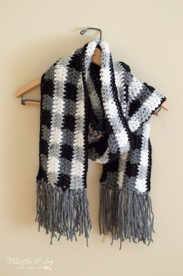 free crochet scarf pattern buffalo plaid black and white