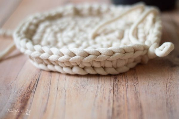 how to crochet a basket that is stiff