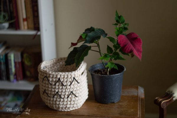 crochet basket pattern planter for indoor plant