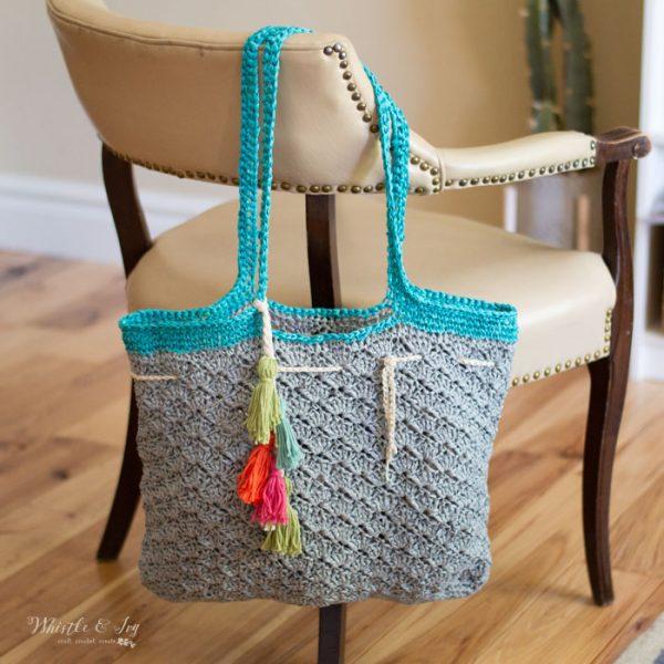 free crochet pattern crochet raffia beach tote with colorful tassels
