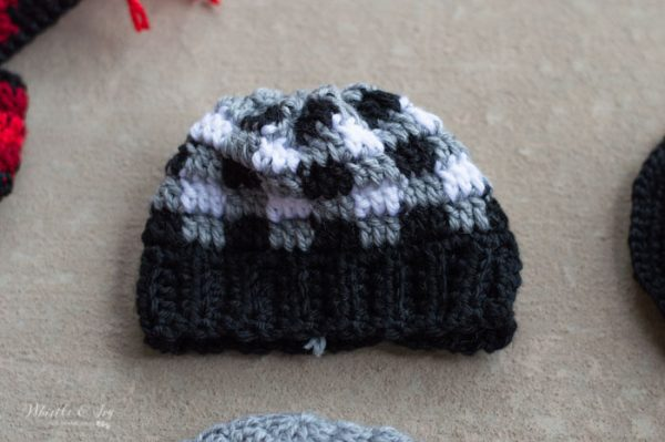 plaid hat for snowman pattern