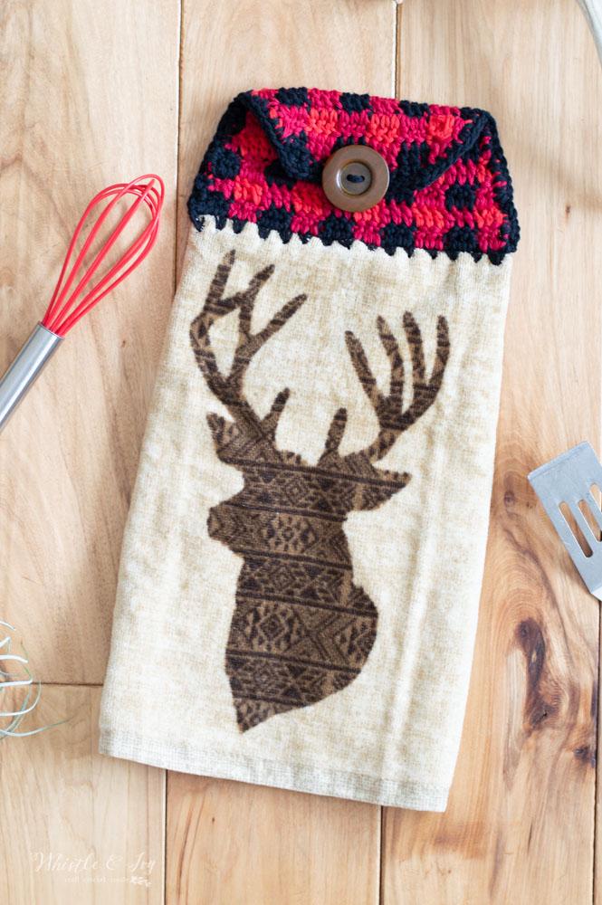 Plaid Crochet Towel Topper - Free Crochet Pattern