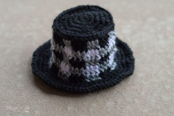 crochet plaid snowman top hat