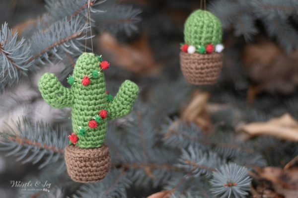 crochet cactus ornament holiday Christmas free pattern