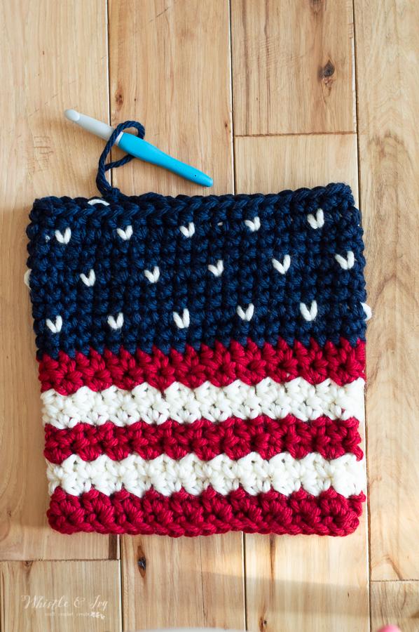 patriotic crochet cowl American free crochet pattern